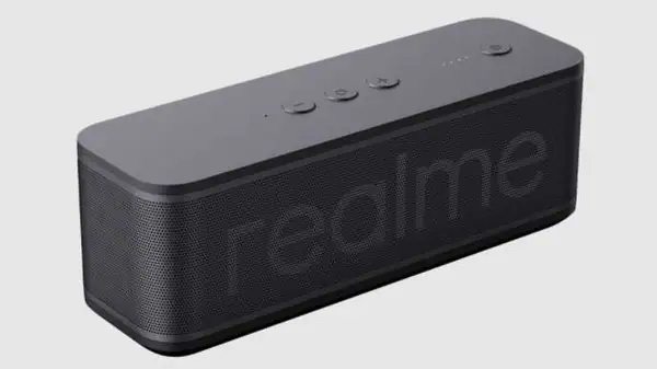 Big presentation of Realme took place: TV box Realme 4K Smart TV Google Stick with 4K and 60 fps, Bluetooth speaker Realme Brick, headphones and other devices